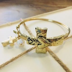 Jewelry - Gold Cross Bangle Bracelet Hammered Pearl & Cross